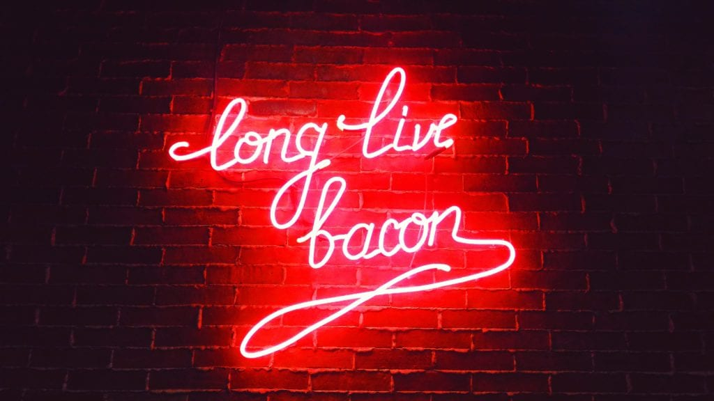 Bacon - Unsplash - Antonio Barroro